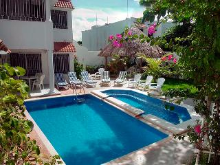 Villas Topaz. Tropical private paradise with pool - Cozumel vacation rentals