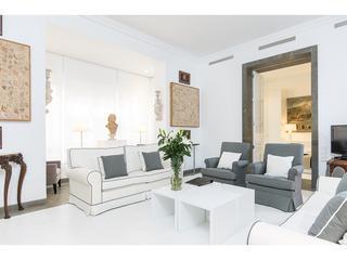Bright 2 bedroom Apartment in Valencia - Valencia vacation rentals