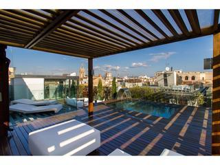 Reina Attic I with a shared pool on the terrace - Valencia vacation rentals