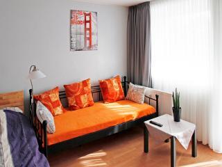K25 Messe Apartment Cologne Mülheim - North Rhine-Westphalia vacation rentals