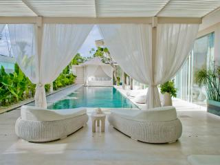 VILLA PURO BLANCO - by BaliOn - Canggu vacation rentals