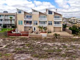 JAX BEACH OCEANFRONT GREAT FALL AND WINTER RATES - Jacksonville Beach vacation rentals