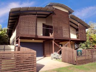 Pure Beachfront - Beach House Sleeps up to 10 - Wooli vacation rentals