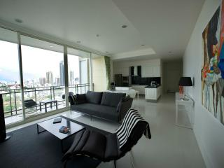 Luxury Residences in the Heart of Sukhumvit - Bangkok vacation rentals