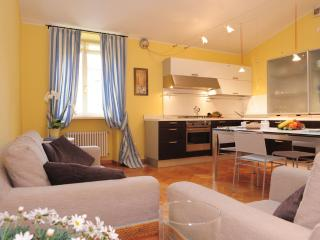 Large Apartment  walking distance from centre - Lake Garda vacation rentals