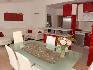 Nice 1 bedroom Hvar Apartment with Internet Access - Hvar vacation rentals