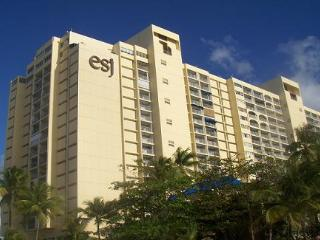 ESJ Towers Studio Hotel Amenities - Gotopr. net - Isla Verde vacation rentals