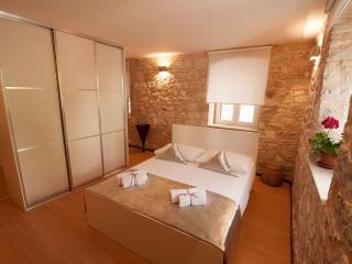 Apartments Andrea - Split vacation rentals