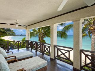 Stunning 5 Bedroom Beach-House on the Best Beach i - Black Rock vacation rentals