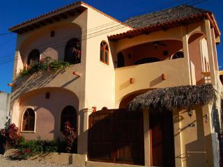 Casa de los Milagros - Duplex in town! - San Pancho - San Pancho vacation rentals