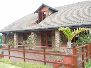 Lovely 3 bedroom House in The Crags - The Crags vacation rentals