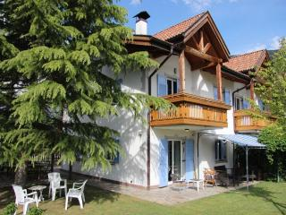 Surrounded by apple-treees in a very quiet area - Merano vacation rentals