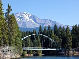 Cozy House with Internet Access and DVD Player - Mount Shasta vacation rentals