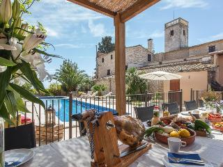 Charming villa 15th cent. by Sitges from 26-35! - Sitges vacation rentals