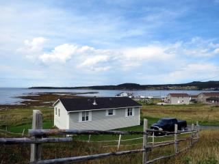 Oceanfront Cottage in Gros Morne National Park (Bayview Heights) - Rocky Harbour vacation rentals