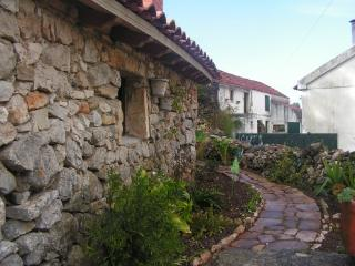 Ti Galinha Cottage in Natural Park Serra Aire - Porto de Mos vacation rentals