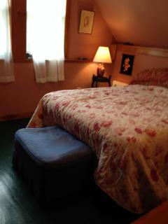 North River Guest House Offers Views And Charm - North River vacation rentals