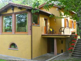 Villa with private garden and outside whirlpool - Aramo vacation rentals