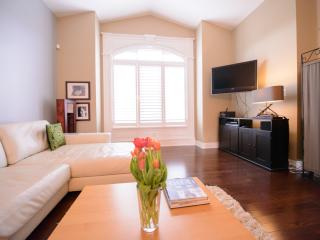 Nice House with Internet Access and Dishwasher - Saint Catharines vacation rentals