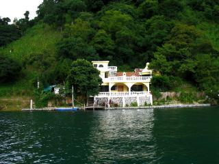 Lakeside lake house Lake Atitlan, San Marcos Guate - Santa Cruz La Laguna vacation rentals