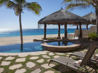 Best Deal on the Beachfront in Cabo! - San Jose Del Cabo vacation rentals