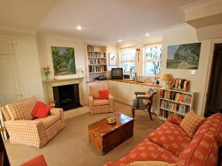 Chesson Road (Ivy Lettings) - London vacation rentals