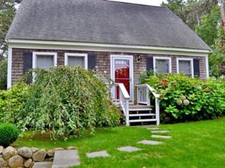 SENGEKONTACKET CAPE: CHARMING HOME ON THE BOULEVARD - EDG JDIR-101 - Gay Head vacation rentals