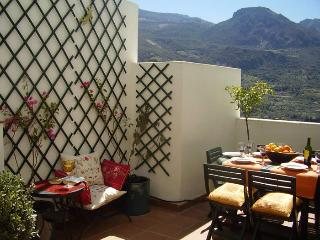 El Ladero Grande Mountain Apartments - Guejar Sierra vacation rentals