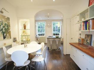 4 Bedroom Park Road Vacation House in London - Kingston upon Thames vacation rentals