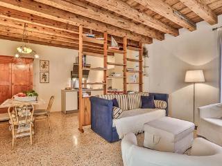 Ca' San Lorenzo - Fagagna vacation rentals