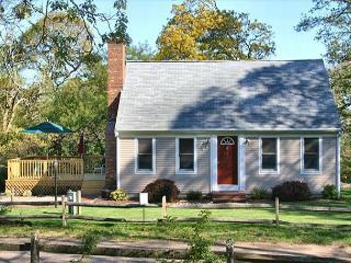 Brewster 3 Bedroom, 2 Bath less than .50 mile to Ellis Landing! - Brewster vacation rentals