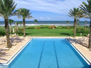 Cinnamon Beach 965, Penthouse, Corner, 6th Floor, Elevator, new HDTV, 2 pools - Palm Coast vacation rentals
