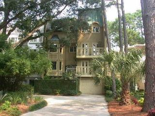 8 Genoa Court - 4 Bedroom home in Harbour Town! - Hilton Head vacation rentals