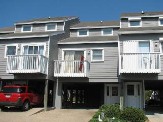 The Dawg House (Unit# 24): Community Pool, Tennis Courts, Close to the Beach - Port Saint Joe vacation rentals