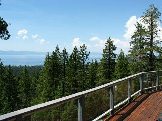 Beautiful home with beautiful lakeviews from every room! - South Lake Tahoe vacation rentals