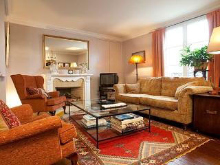 Montmartre Amelie Apartment Rental - 3rd Arrondissement Temple vacation rentals