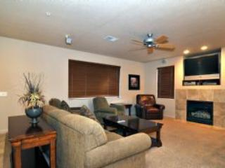 2 bedroom House with Internet Access in Saint George - Saint George vacation rentals
