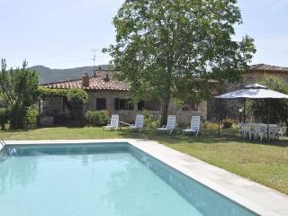 5 bedroom Villa in Pergine, Tuscany, Italy : ref 1719104 - Pieve A Presciano vacation rentals
