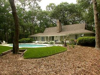 36 Kingston Road - Pretty, 4 Bedrooms Home w/ Pool & Spa. - Hilton Head vacation rentals