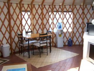 Cozy Cabin with Deck and Internet Access - Ocean View vacation rentals