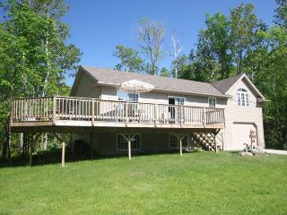 B_Lake Retreat cottage (#622) - Wiarton vacation rentals