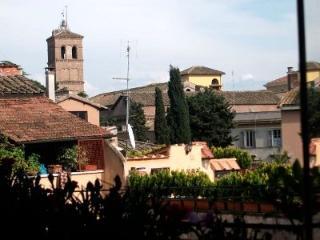 CR486 - Casa Mattonato - Torrimpietra vacation rentals