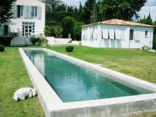 Holiday rental Villas Puyricard (Bouches-du-Rhône), 270 m², 3 980 € - Aix-en-Provence vacation rentals