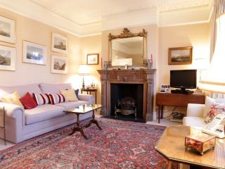 Purser's Cross Road, pro-managed - London vacation rentals