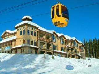 *Fantastic Ski in & Ski Out-Luxury * SouthPoint #2 - Big White vacation rentals