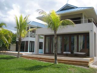 Little Waters - Negril 3 Bedroom waterfront - Negril vacation rentals