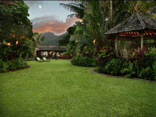 Luxury Beachfront Cottage on Hanalei Bay! - Hanalei vacation rentals