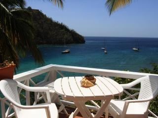 Perfect Cottage with Water Views and Microwave - Marigot Bay vacation rentals