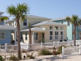 5 bedroom 4 bath home in prestigious Village Walk! - Port Aransas vacation rentals