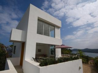Modern 2 Story Loft with 360 Degree Views of Ocean & Jungle + Infinity Pool! - Sayulita vacation rentals